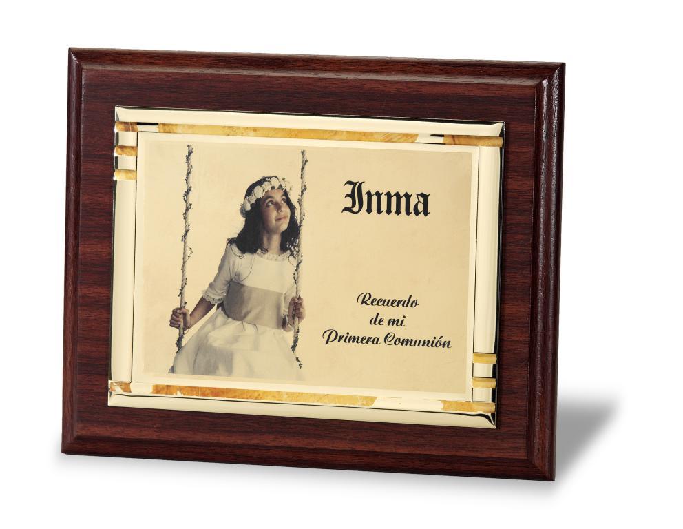 Placa de homenaje gran calidad grabacion a color Metal 23x18 cm Oro Total 29x23 cm Total 24x19 cm Metal 20x15 cm Total 21x17 cm Metal 16x12 cm