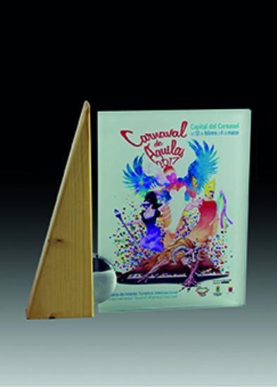 Trofeo de cristal impresion a color Mantoc 20x21 cm 17x18 cm 15x16 cm