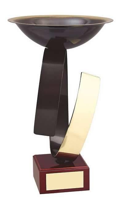 Copa dorada y negra