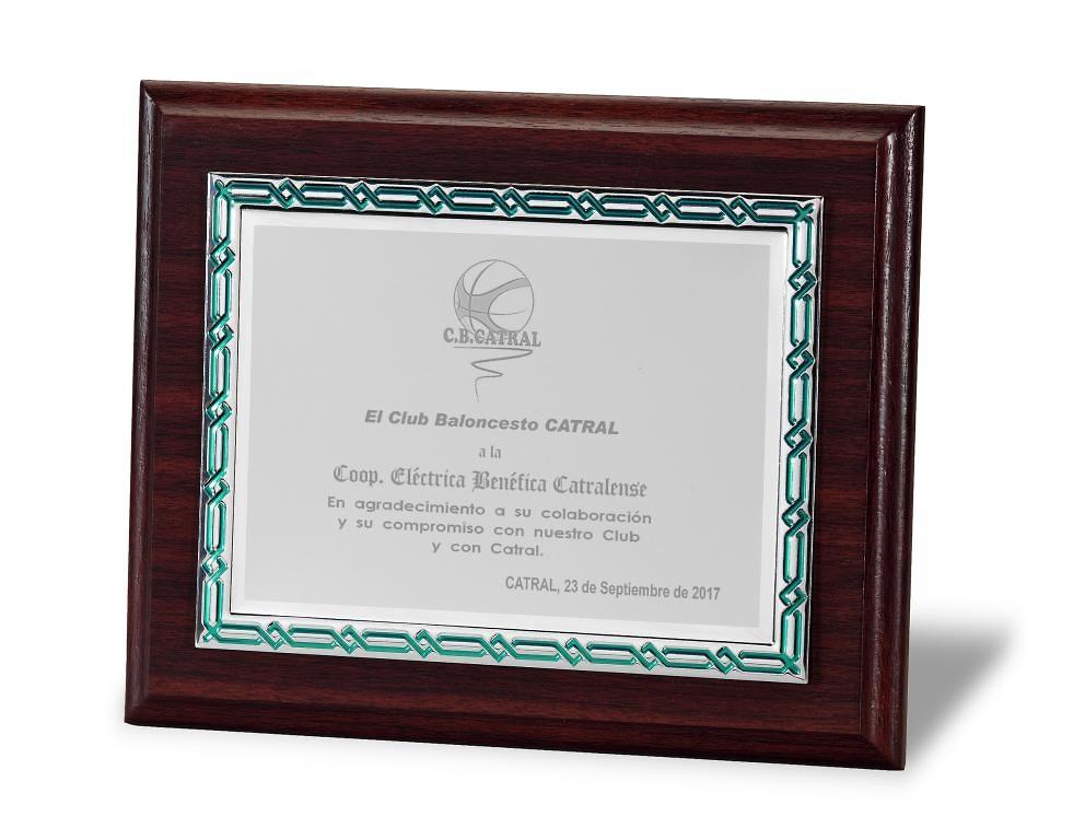 Placa Madge Homenaje de Aluminio Plateada