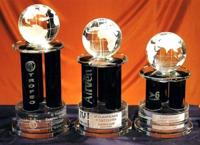 Trofeo Baka Columnas Cristal Negro