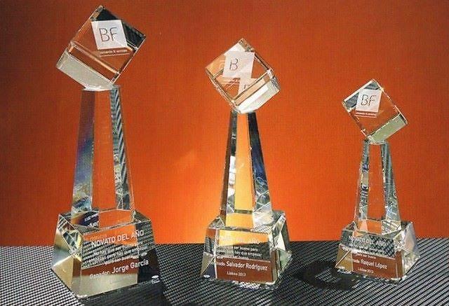 Trofeo Batanga Cubo Faro Cristal