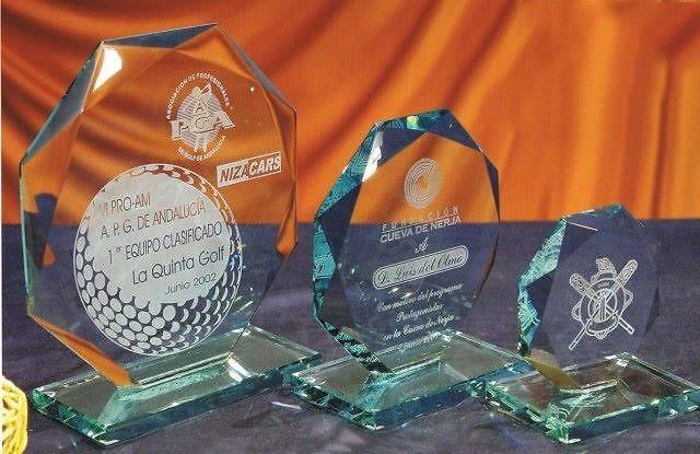 Trofeo Bauchi Octogonal Cristal