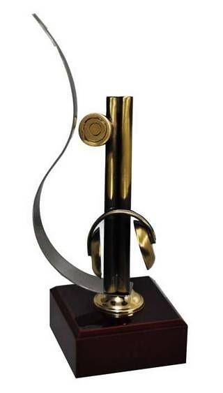 Trofeo Artesanal Laton Tiro Arma de Fuego