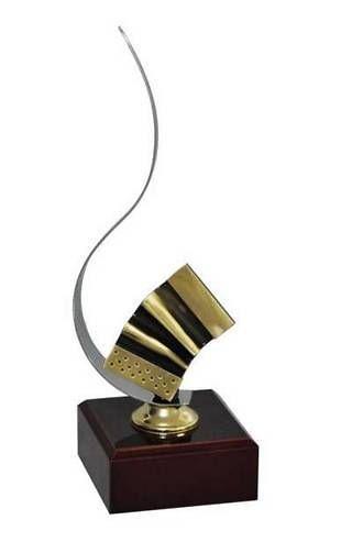 Trofeo Artesanal Laton Musica