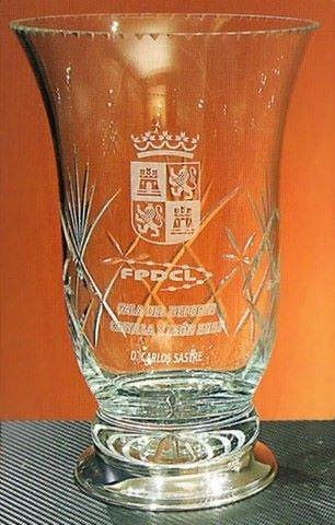 Trofeo Daka Florero Plata Cristal