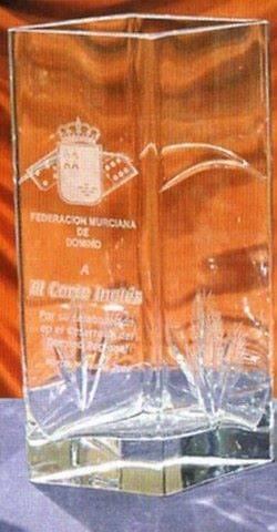 Trofeo Dinka Torre Florero Cristal Transparente