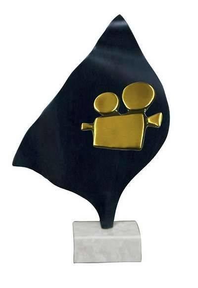 Trofeo Artesanal Laton Cine