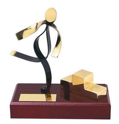 Trofeo atletismo peana madera