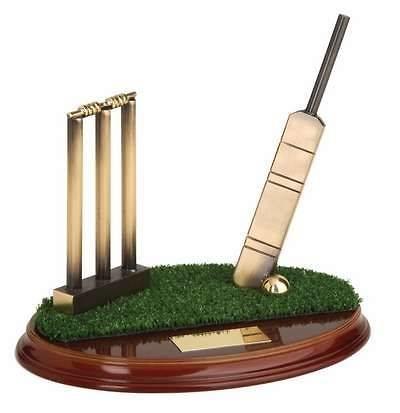 Trofeo críquet bate, stumps y bails