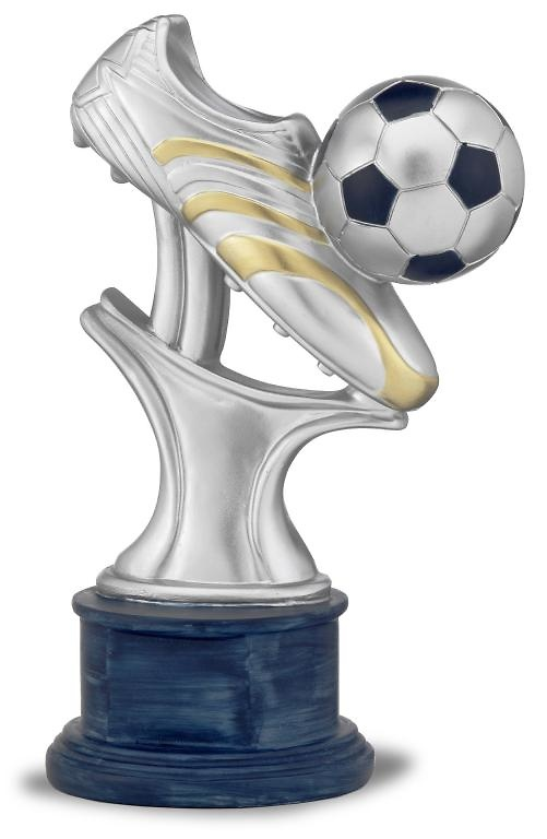 Trofeo de futbol bota y balon sobre soporte modernista mentoos