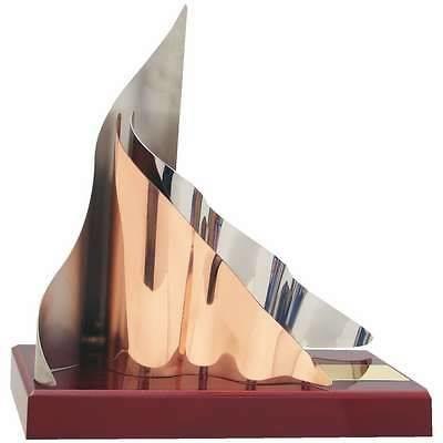Trofeo diseño cobre