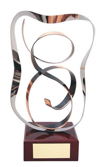 Trofeo diseño ondulado cobre
