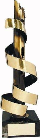 Trofeo diseño tirazones dorados