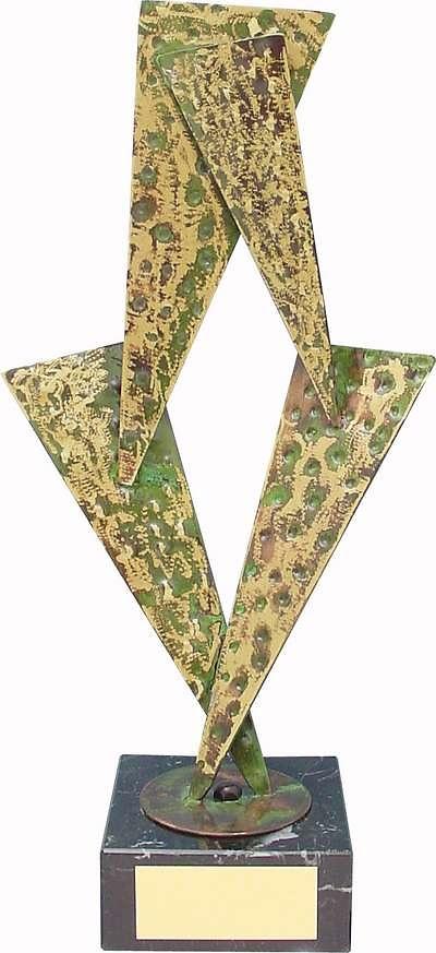 Trofeo diseño triángulos