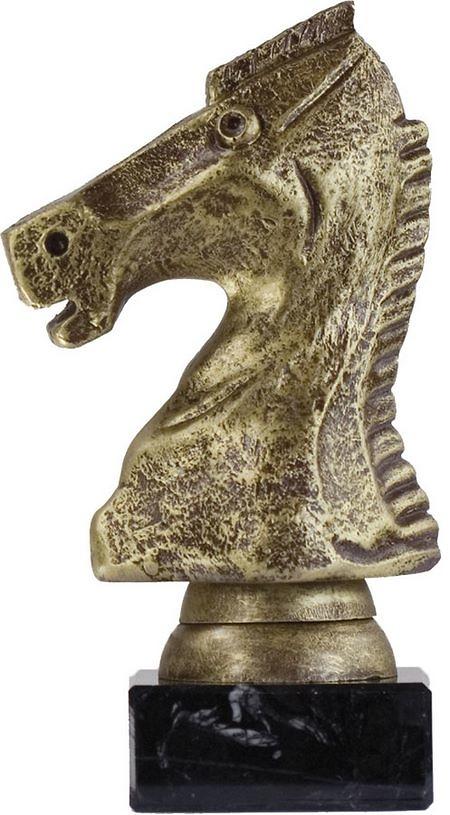 Trofeo dorado de ajedrez
