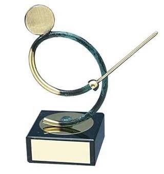 Trofeo esgrima hecho a mano