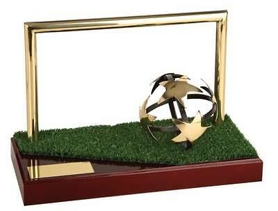 Trofeo fútbol balón estrella y portería