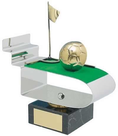 Trofeo fútbol corner con balón