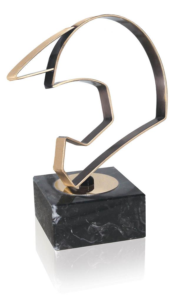 Trofeo latón de casco