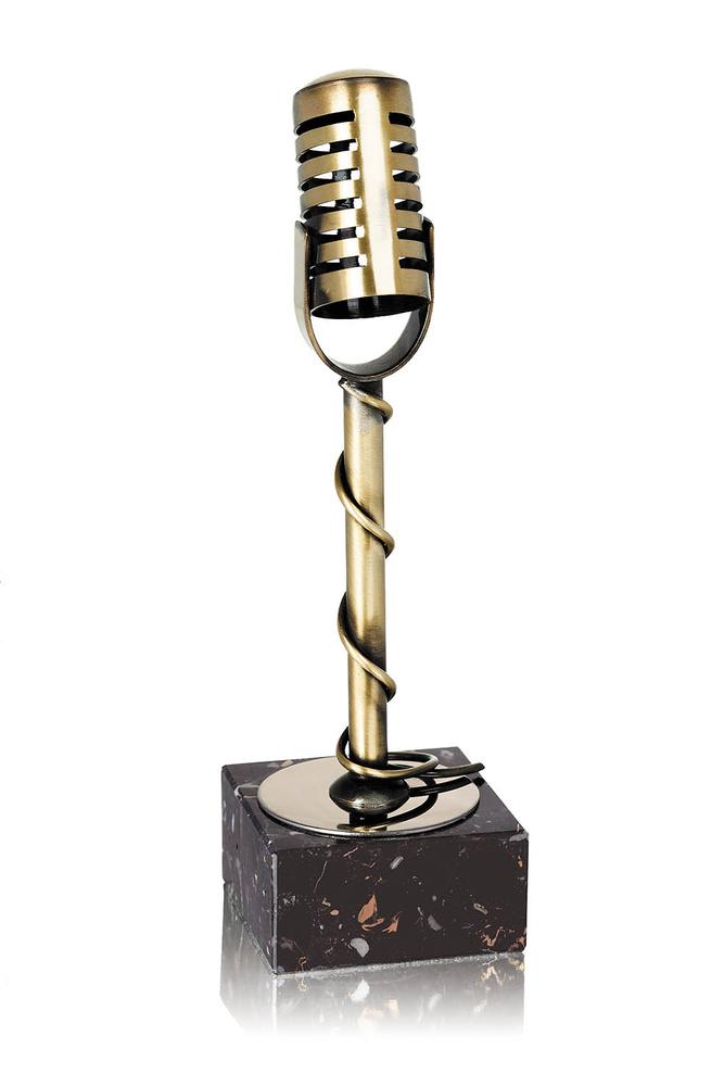 Trofeo latón de micrófono
