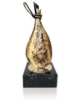 Trofeo laton realizado a mano jamon