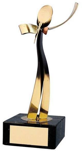 Trofeo música cantante dorado