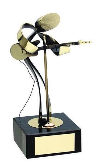 Trofeo música músico guitarra