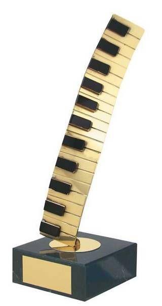 Trofeo música piano