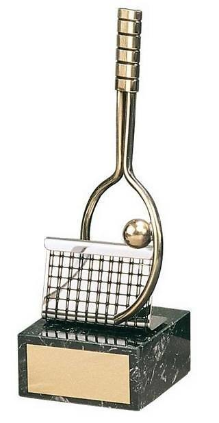 Trofeo tenis raqueta, pelota y red