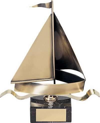 Trofeo vela velero dorado