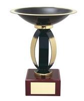 Copa negra y dorada