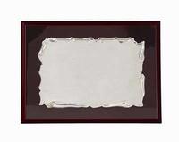 Placa de Homenaje de Plata con forma de pergamino colgado