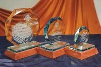 Trofeo Baule Cristal Octogonal Madera