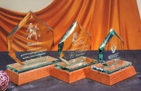 Trofeo Bemba Cristal Heptagonal Madera
