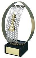 Trofeo ajedrez detalle aro dorado