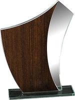 Trofeo en cristal y madera para personalizar Kumbat