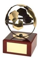Trofeo fútbol balón hueco dorado