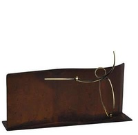 Trofeo para esgrima realizado en metal de forma rectangular