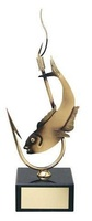 Trofeo pesca pez en anzuelo