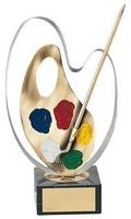 Trofeo pintura paleta y pincel