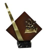 Trofeo rombo detalle pico Laton Judo