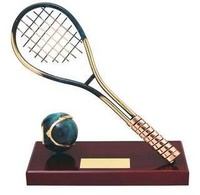Trofeo tenis raqueta y pelota peana madera